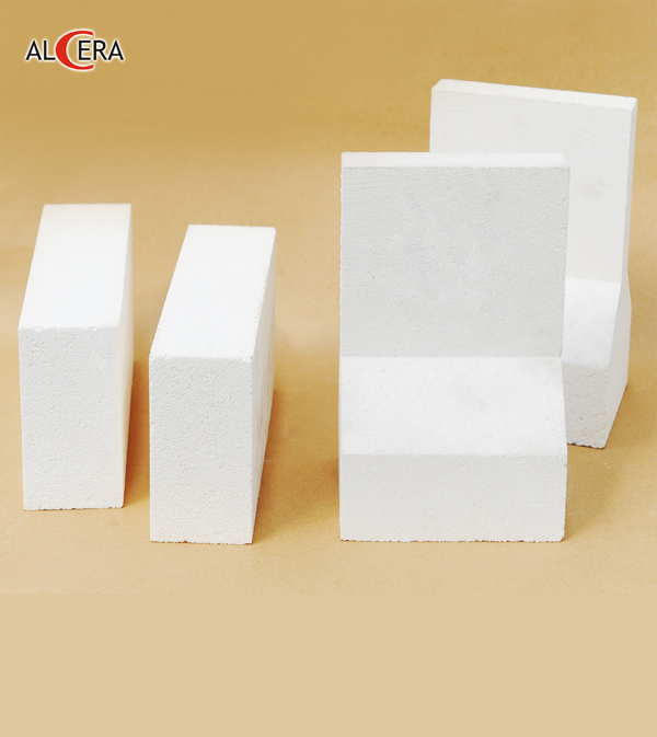 Refractory bubble product